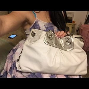 COACH Leather shoulder bag: EUC